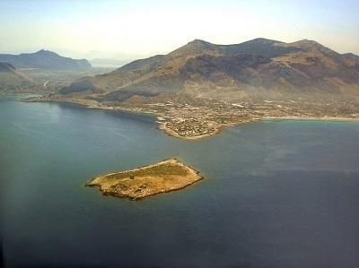 Fondali dell'isola dello Stagnone di Marsala.jpg