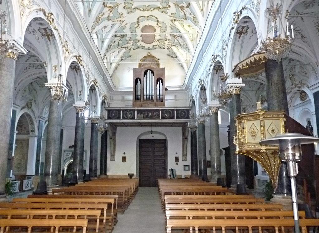 Chiesa madre di San Nicolò.jpg