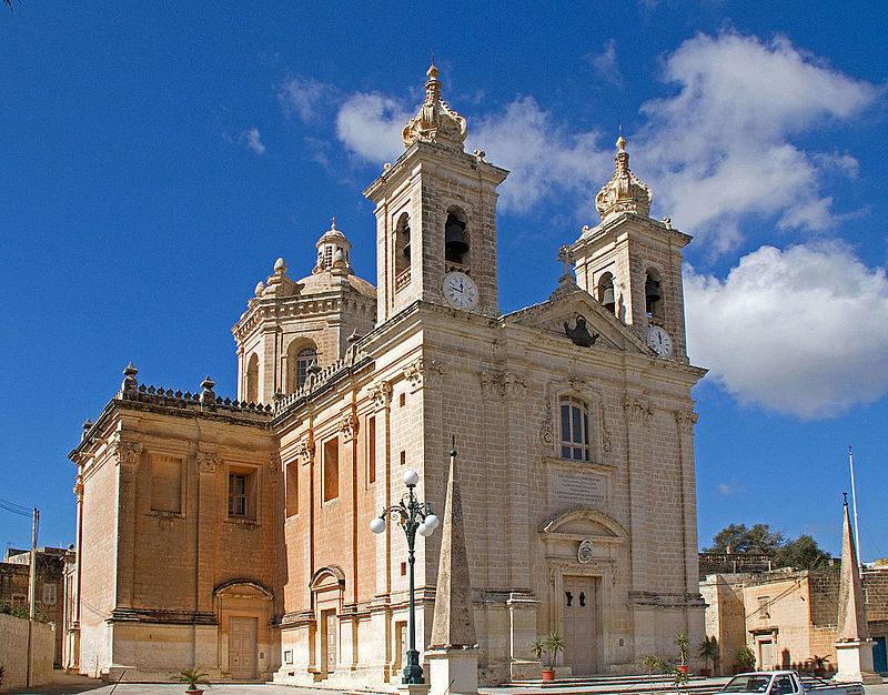 Lija_parish_church.jpg