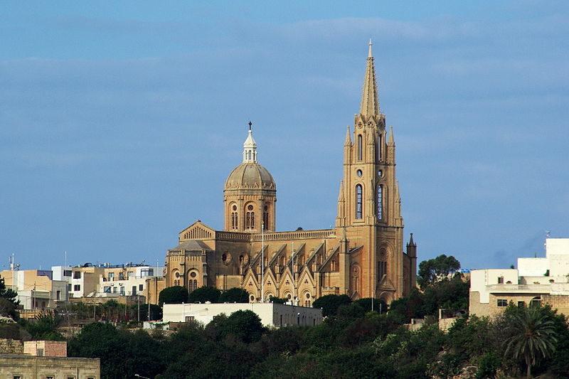 800px-Malta_Gozo_Mgarr_BW_2011-10-08_09-29-03.JPG