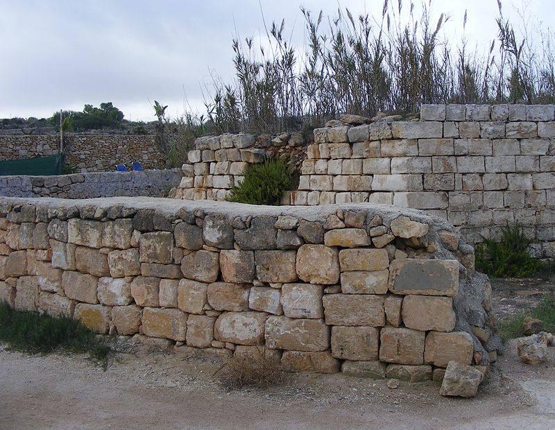 Reduta_Tal-Bir,_Mellieha,_Malta_01.jpg