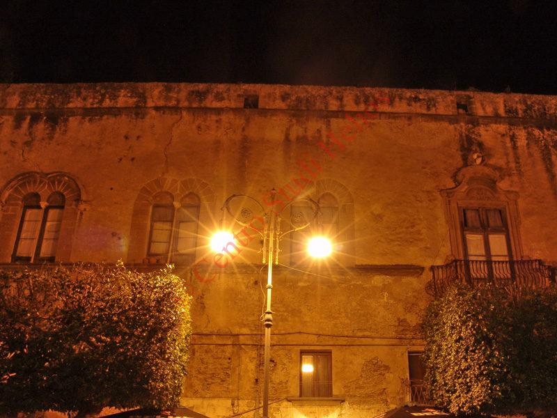 palazzoperollo2.JPG