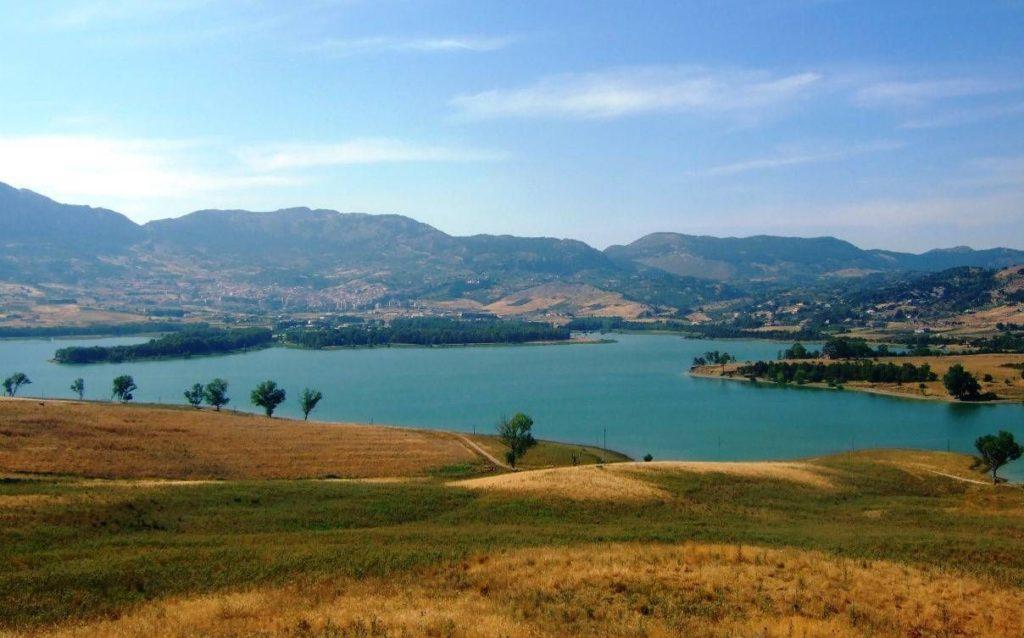 Lago_di_Piana_degli_Albanesi-.jpg