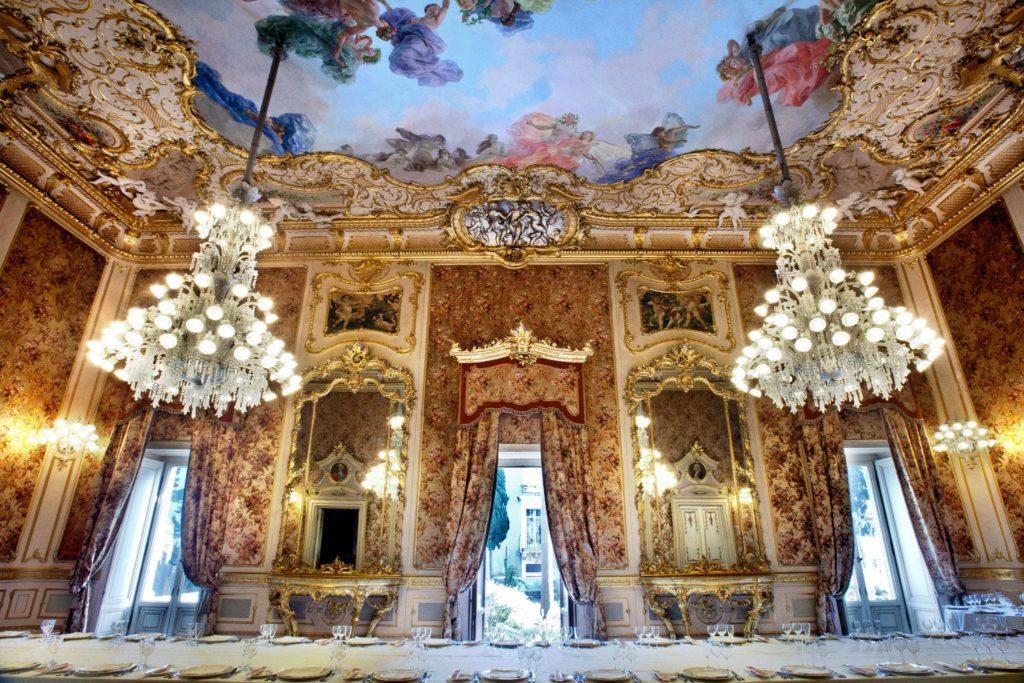 palazzo-manganelli.jpg