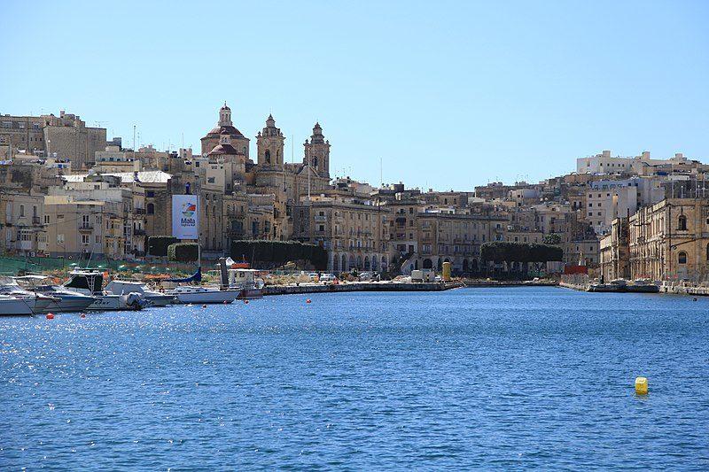 800px-Malta_-_Cospicua_-_Triq_Santa_Tereza+Dockyard_Creek_(MSTHC)_01_ies.jpg