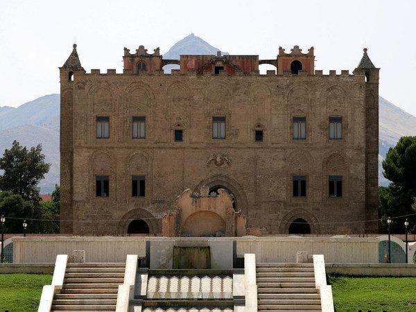 Palazzo della Zisa - Palermo.jpg