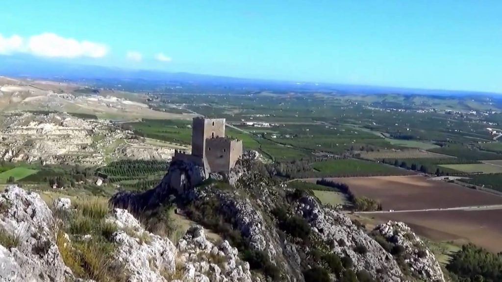 castello-serravalle-mioneo.jpg