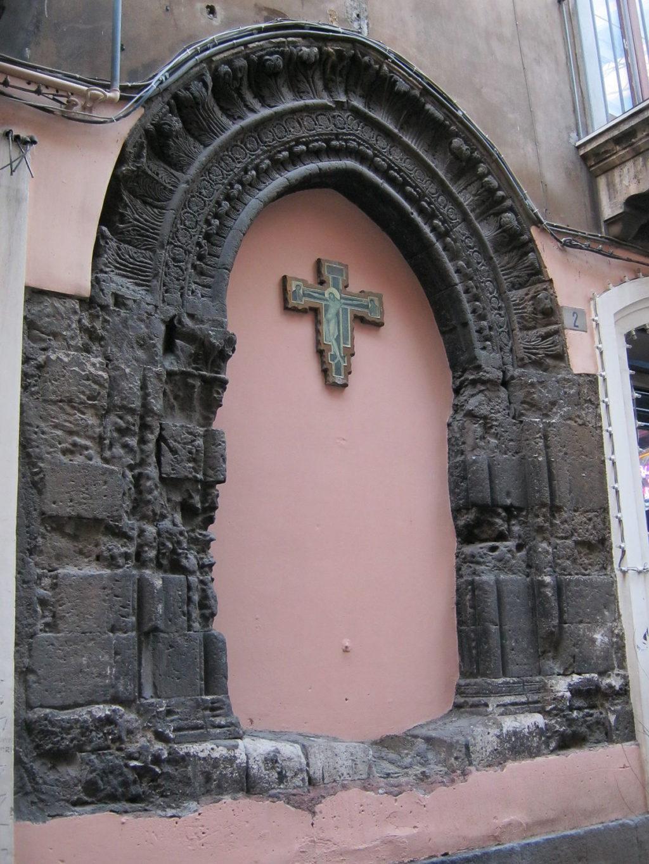 Arco di San Giovanni de Fleres.jpg