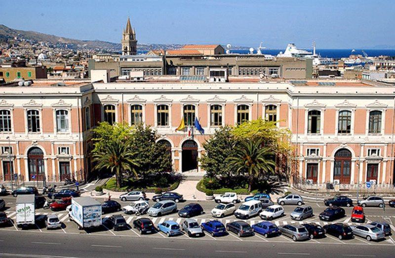 Palazzo dell'Università degli Studi - Messina.jpg