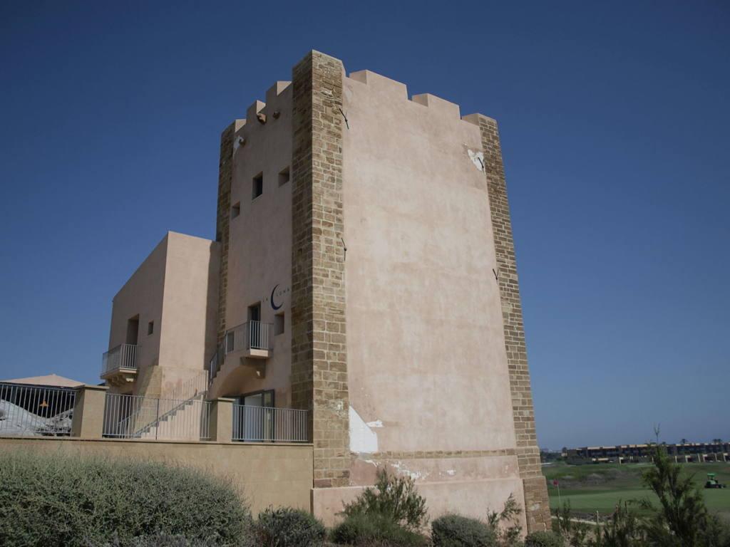 Torre_Verdura_(Sciacca).jpg