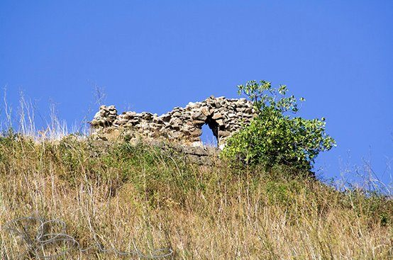 Ruderi del Castello - Giarratana.jpg