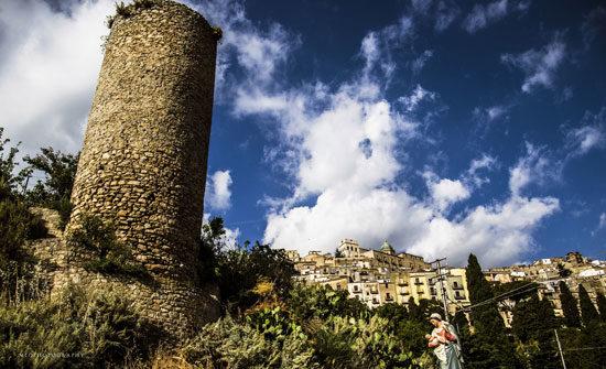 Torre saracena.jpg