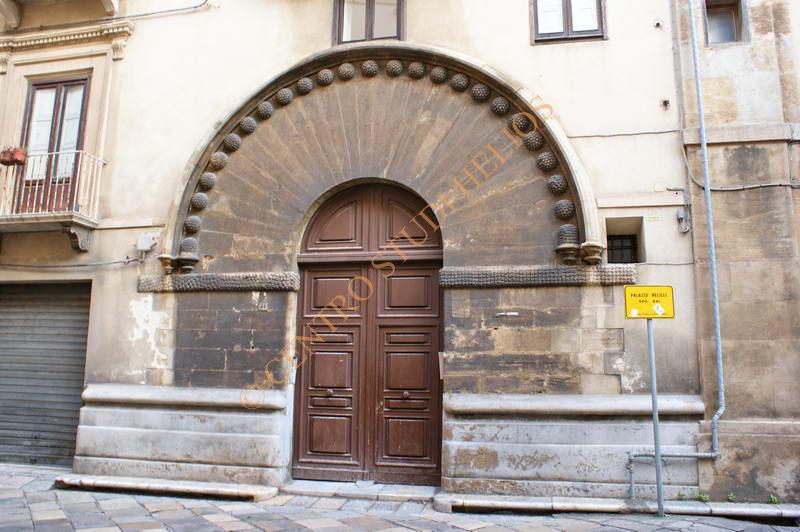 palazzo_melilli1.JPG