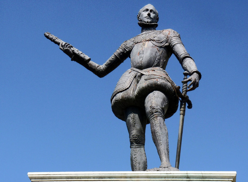 Monumento a Don Giovanni D'Austria - Messina.jpg