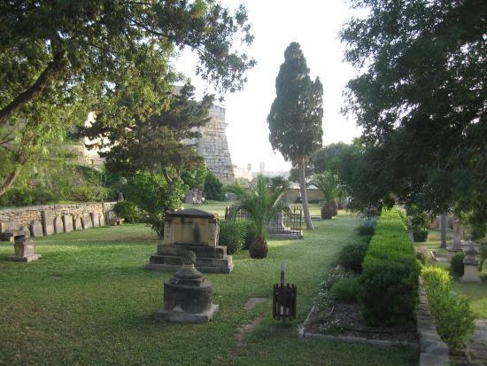 Msida Bastion Historic Garden (web).jpg