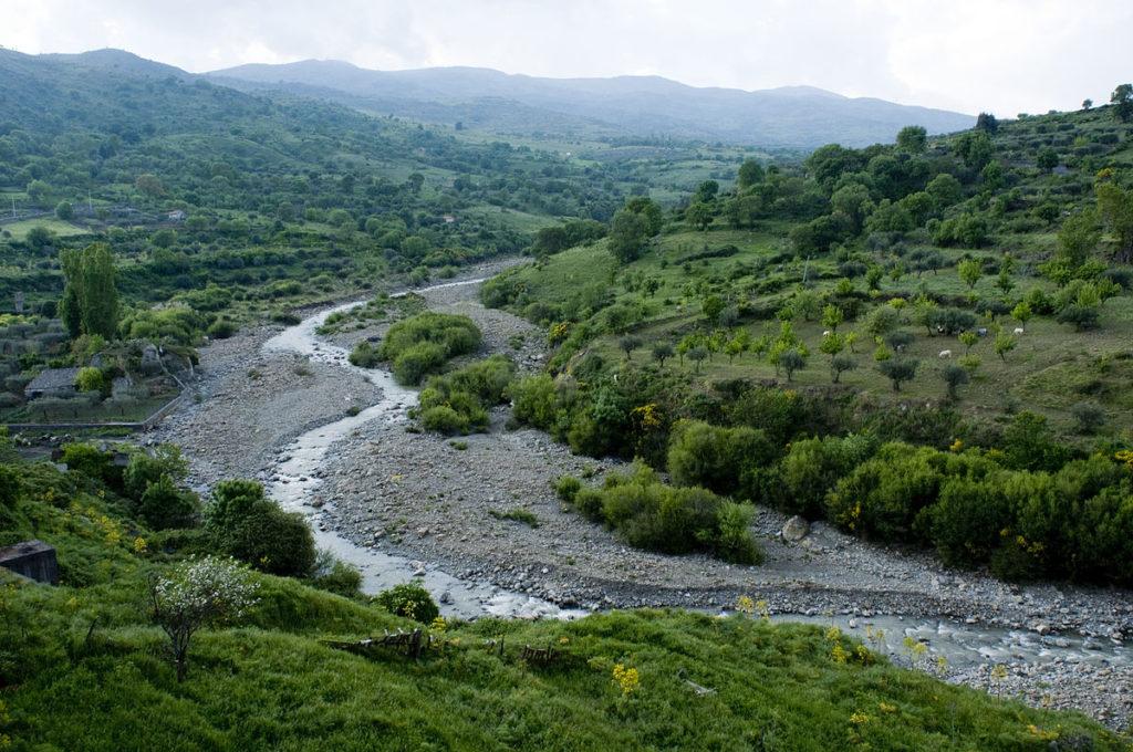 Alta Valle del Fiume Alcantara.jpg