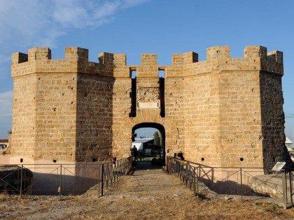 Castello-a-mare.jpg