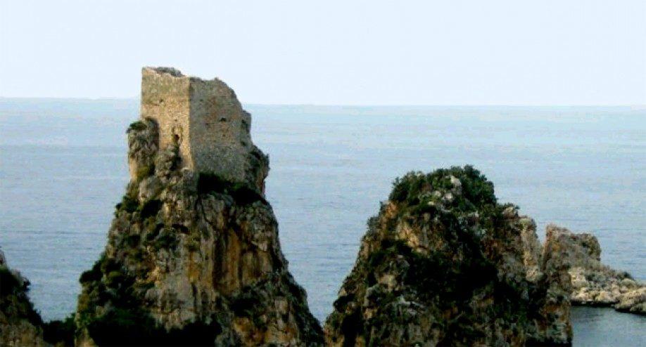 Torre della Tonnara di scopello.jpg