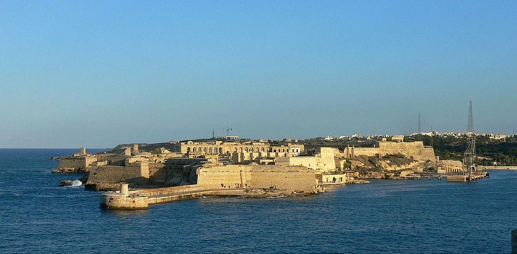 Kalkara_Fort_Ricasoli (wikipedia).jpg