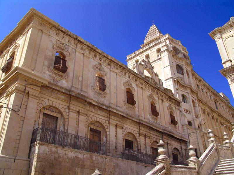 basilicasalvatore1.jpg
