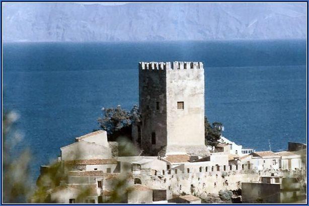 Castello-di-Brolo.jpg