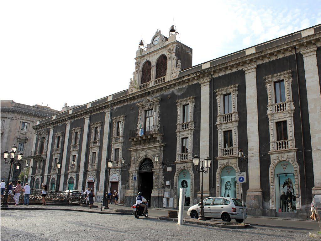 Palazzo Tezzano.jpg