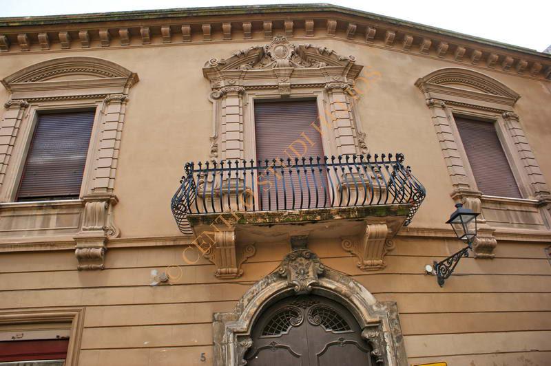 palazzo_todaro1.JPG