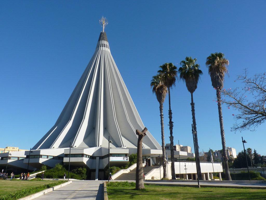 Santuario della Madonna delle Lacrime - Siracusa.jpg