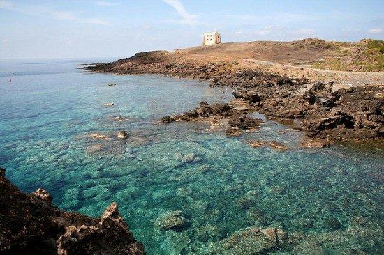 isola_di_ustica_punta_spalmatore.jpg