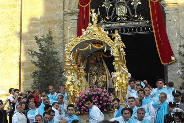 Madonna_della_Visitazione_di_Enna2.jpg
