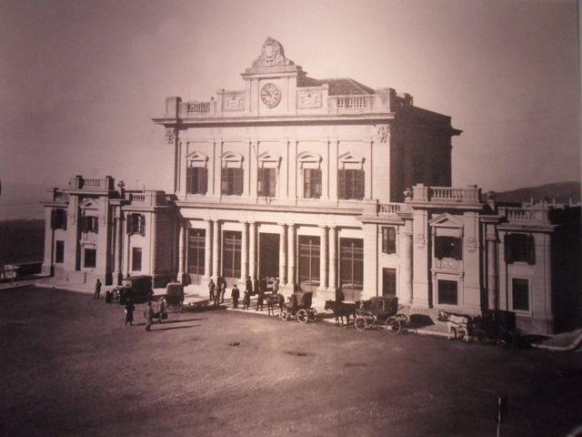 piazza-stazione1.jpg