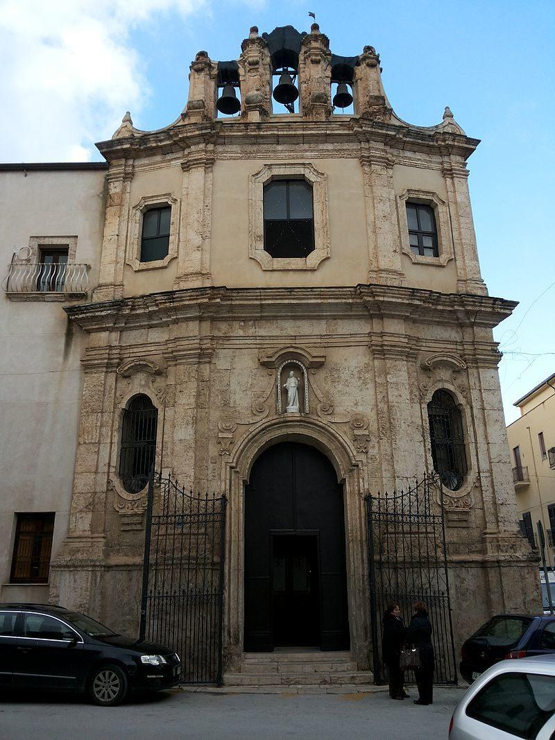 Facciata_della_chiesa_di_San_Francesco_di_Paola_(Alcamo).jpg