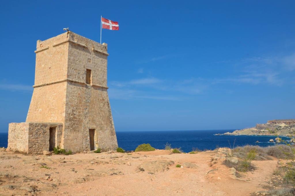 Għajn_Tuffieħa_Tower_-_Mgarr.jpg