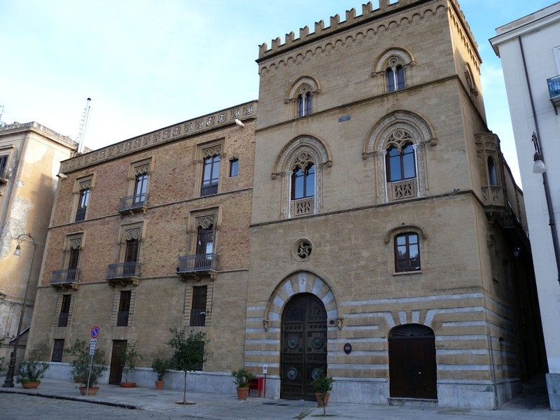 Palazzo Galletti di S. Cataldo - Palermo .jpg