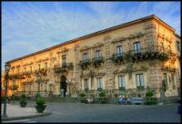 Acireale-Palazzo-di-città.jpg