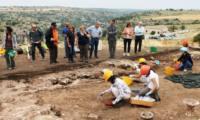 scavo-archeologici-a-calicantone 2 (foto quotidiano di Ragusa).jpg