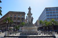 Monumento a Vincenzo Bellini.jpg