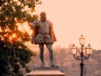 Statua del Barone Marco Trigona.jpg