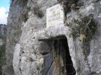 cava-d-ispica-grotta-ilarione.jpg