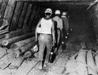 lavoratori+miniera5219.jpg