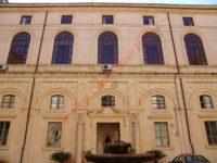 palazzo_del_governo2.JPG
