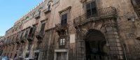 Palazzo Ajutamicristo - Palermo.jpg