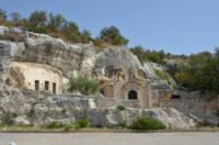 eremo-di-croce-santa (foto web).jpg