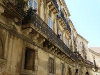 palazzoblanco_maestranzax400.jpg