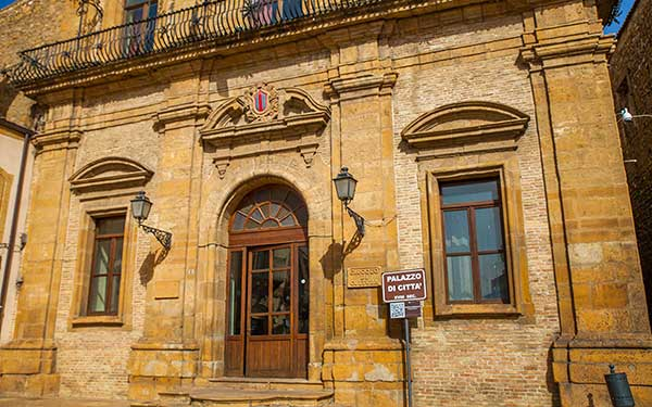 Palazzo-di-Città-Piazza-Armerina
