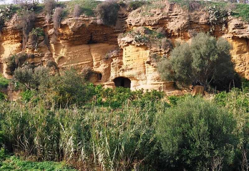 agrigento-giardino-della-kolymbetra-grotticelle