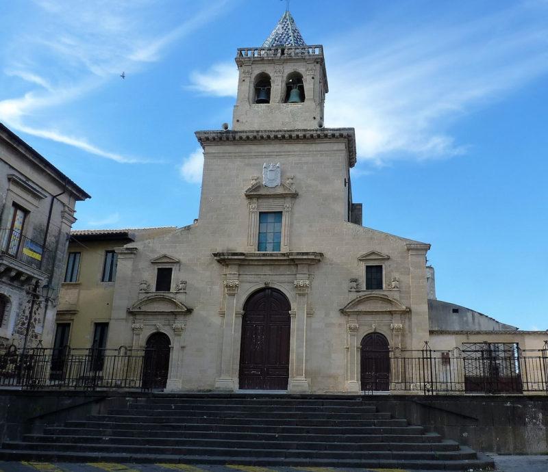 chiesa-madre-dedicata-alla-madonna-della-neve-francofonte