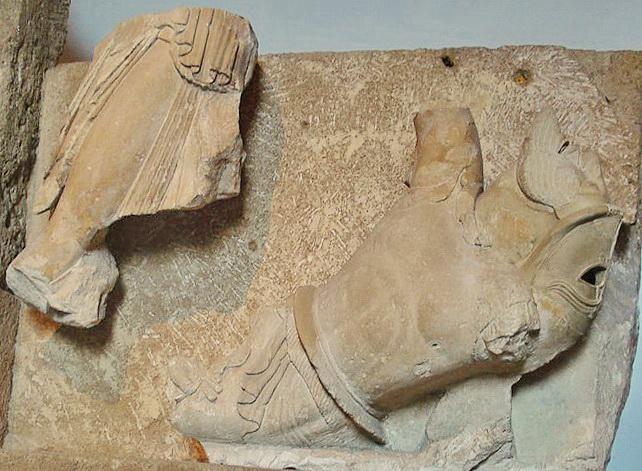 Gicantomachia dal Tempio F (Atena che colpisce un gigante)
